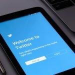 सरकार की आलोचना करने वालों के खिलाफ नहीं बल्कि ट्विटर पर फर्जी खबरें फैलाने वालों के खिलाफ कार्रवाई: सरकारी सूत्र